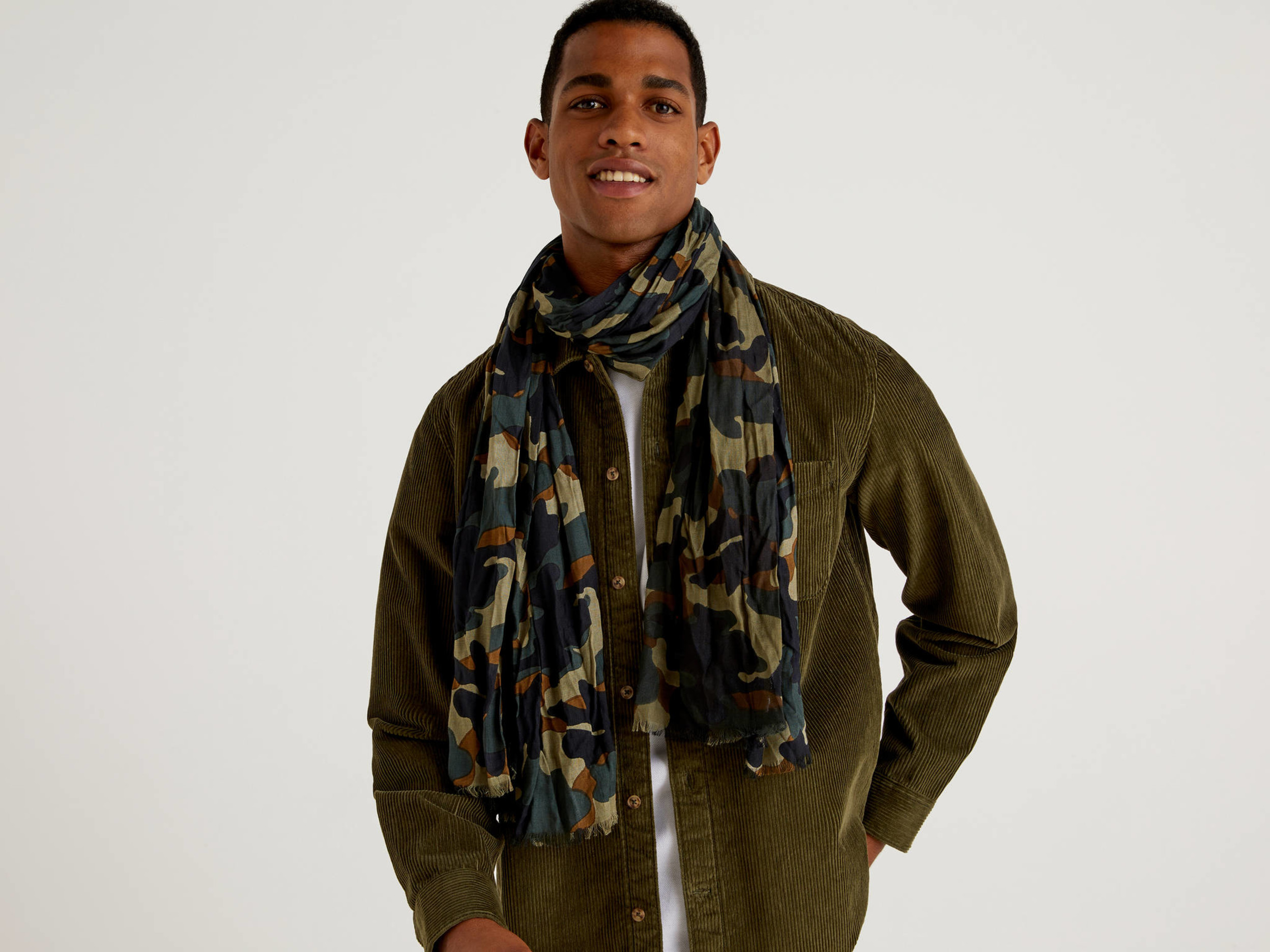 Benetton, Patterned Scarf In Sustainable Viscose, size , Gray, Men