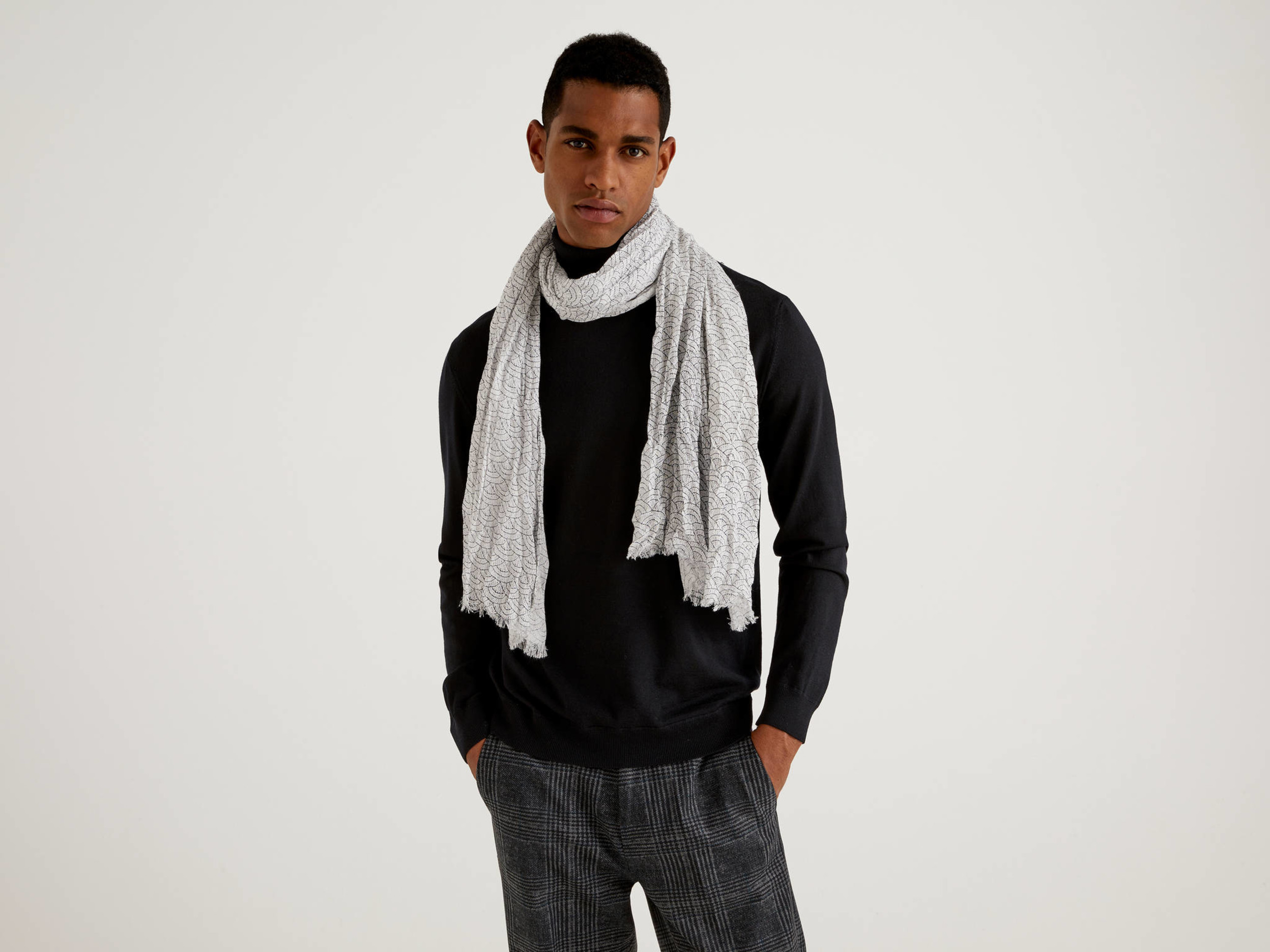 Benetton, Patterned Scarf In Sustainable Viscose, size , Light Gray, Men