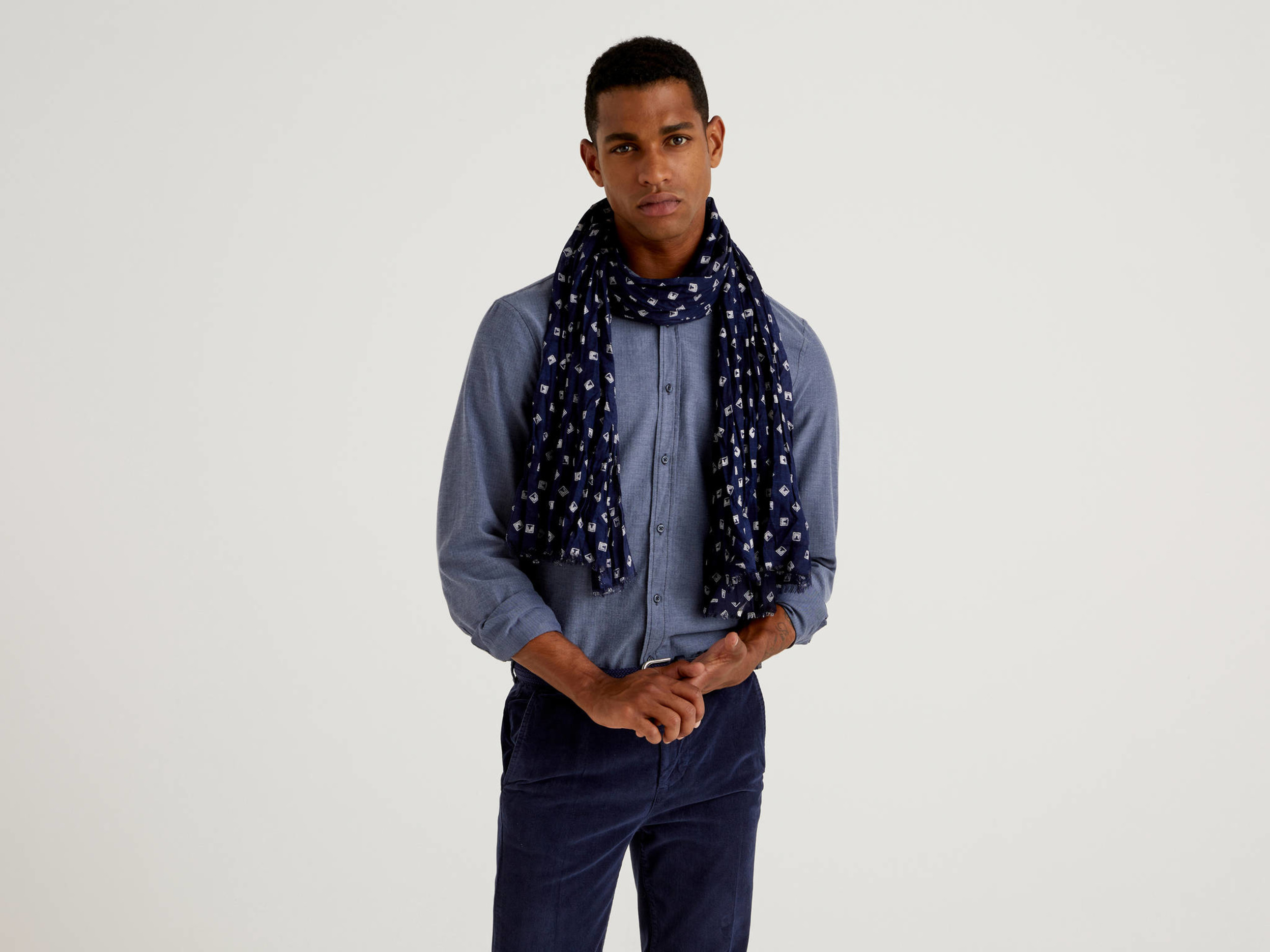 Benetton, Patterned Scarf In Sustainable Viscose, size , Bright Blue, Men