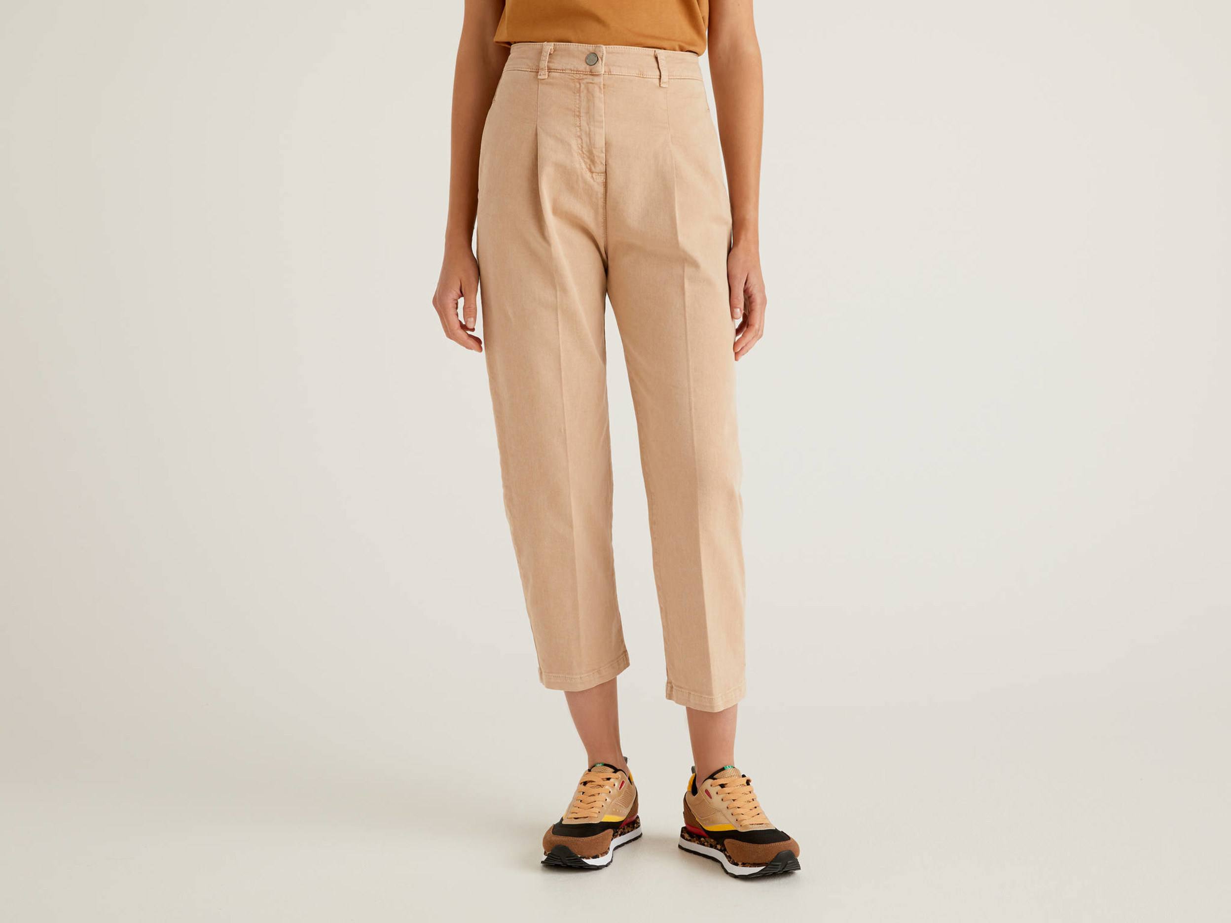 Benetton, Carrot Fit Trousers With Pleats, size 48, Soft Pink, Women